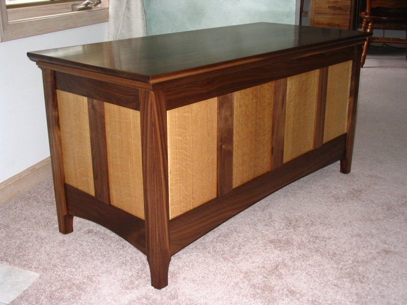 Hope Chest Plans ~ Heirloom hope chest