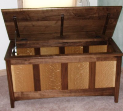Download heirloom chest plans plans free for Hope chest plans pdf